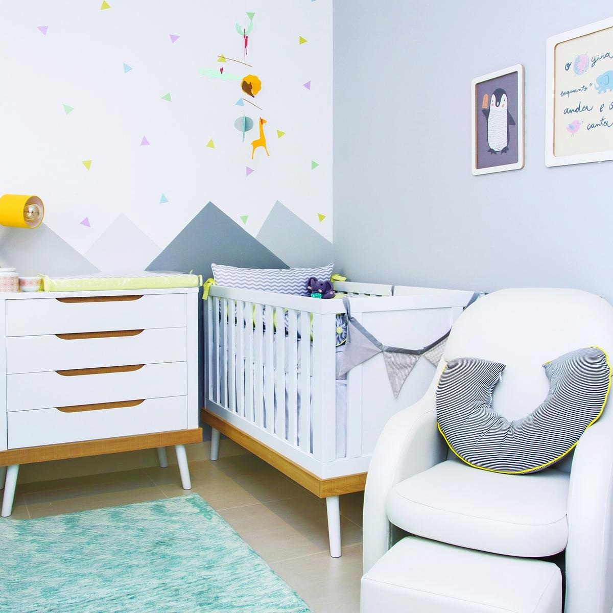 Quarto L Dico E Renov Vel Em Tons De Amarelo Casa Ambiente Beb  ~ Armario Quarto Branco Com Parede Colorida Quarto