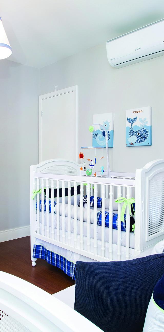 Quarto Fundo Do Mar Perfeito Para Meninos Casa Ambiente Beb  ~ Armario Quarto Branco Com Parede Colorida Quarto