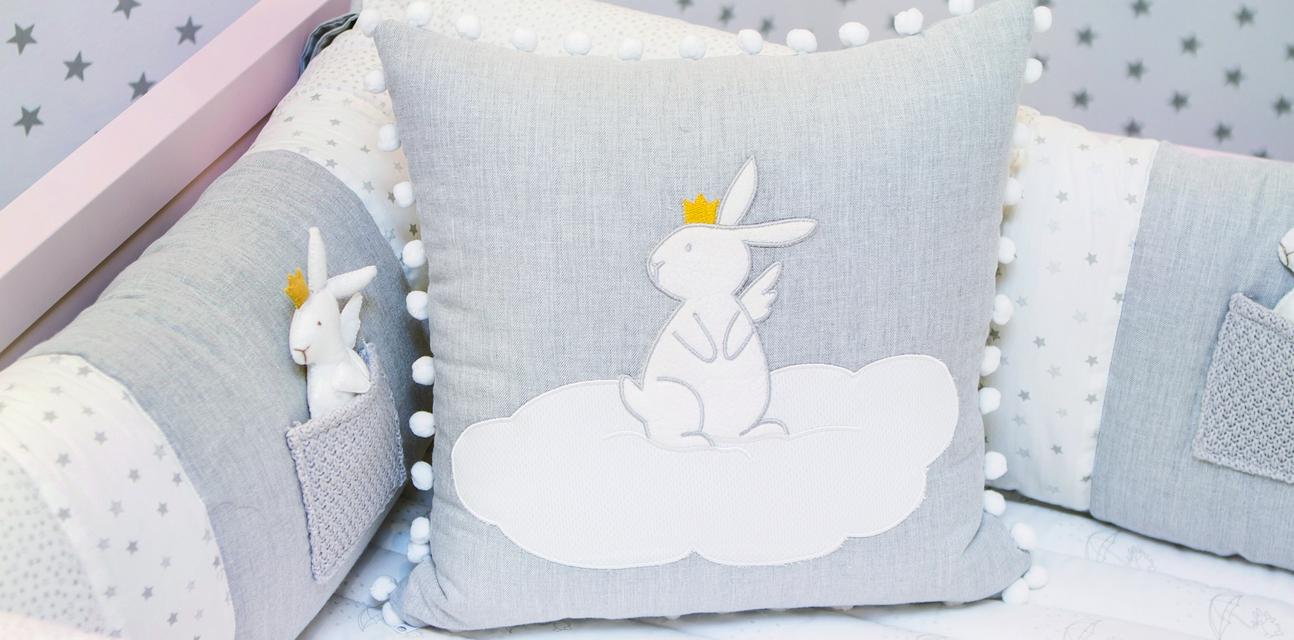 Quarto Com Coelhinhos Feminino Casa Ambiente Beb  ~ Parede Para Quarto De Bebe Feminino