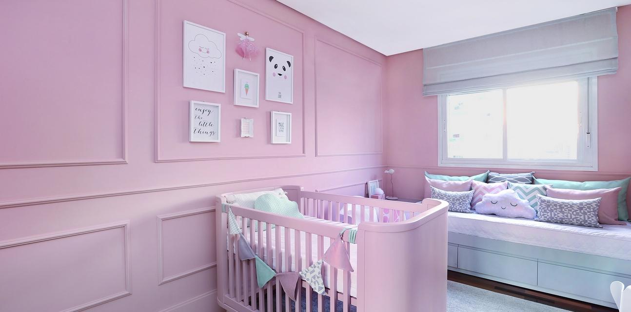 Tema Nuvem Cativa Pela Delicadeza Casa Ambiente Beb  ~ Papel De Parede Para Quarto De Bebe Rosa E Marrom