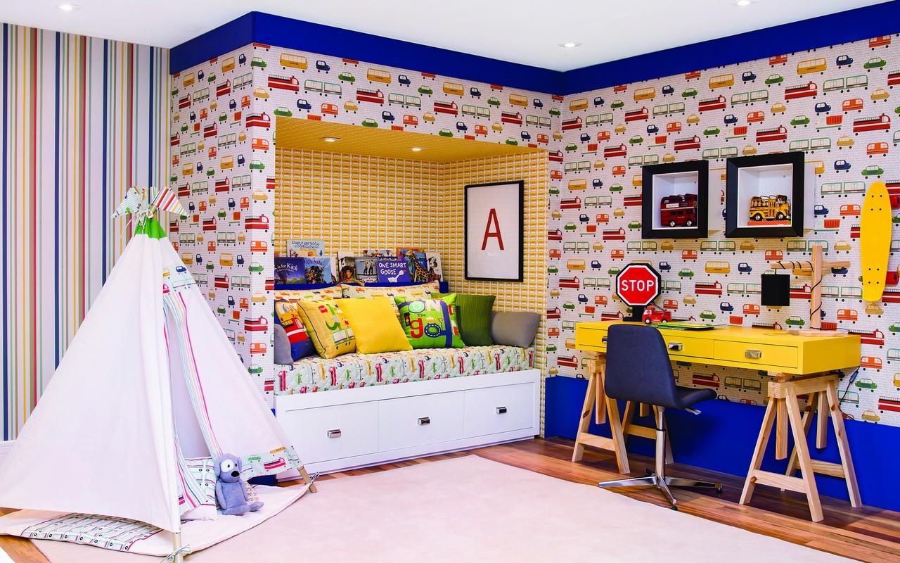 Quarto Com Tema Tr Nsito Inovador Casa Ambiente Beb  ~ Decoração Escrivaninha Quarto E Quarto Bebe Verde E Bege
