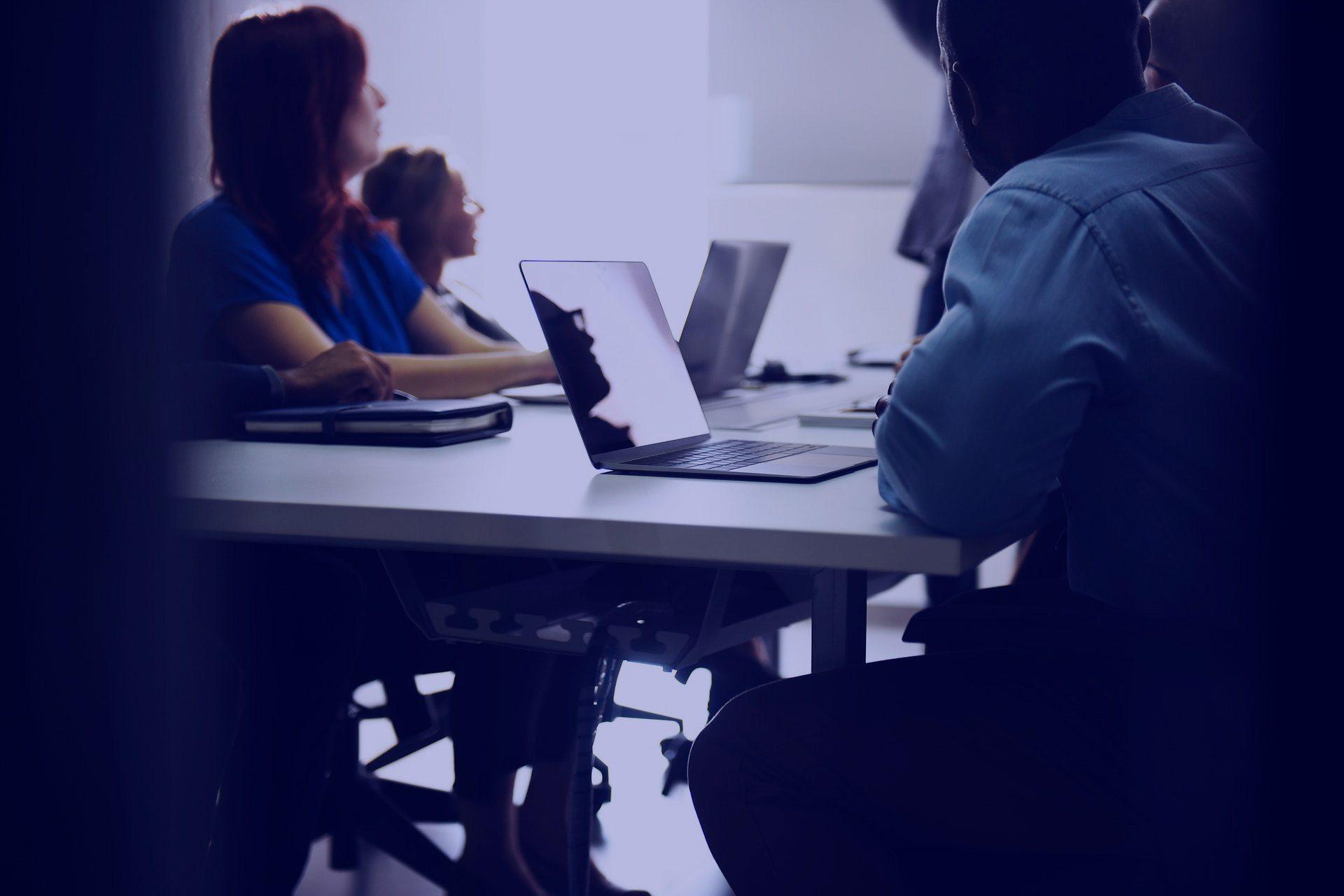 Você sabia que o evento mais importante da sua indústria poderia ser o da sua empresa?